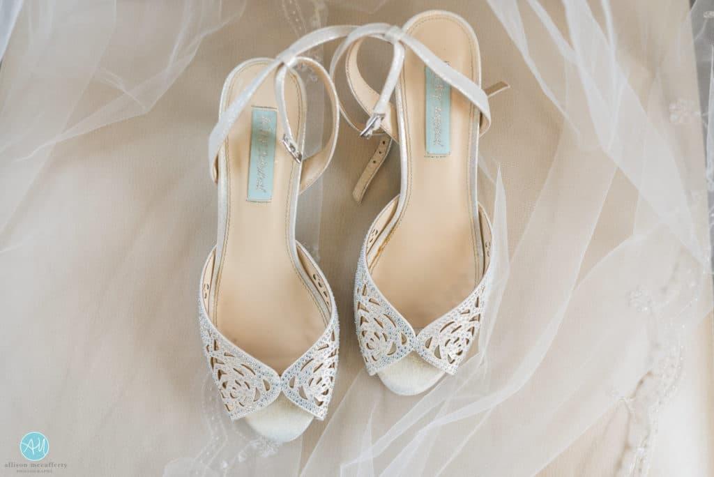 Kitten heels for wedding