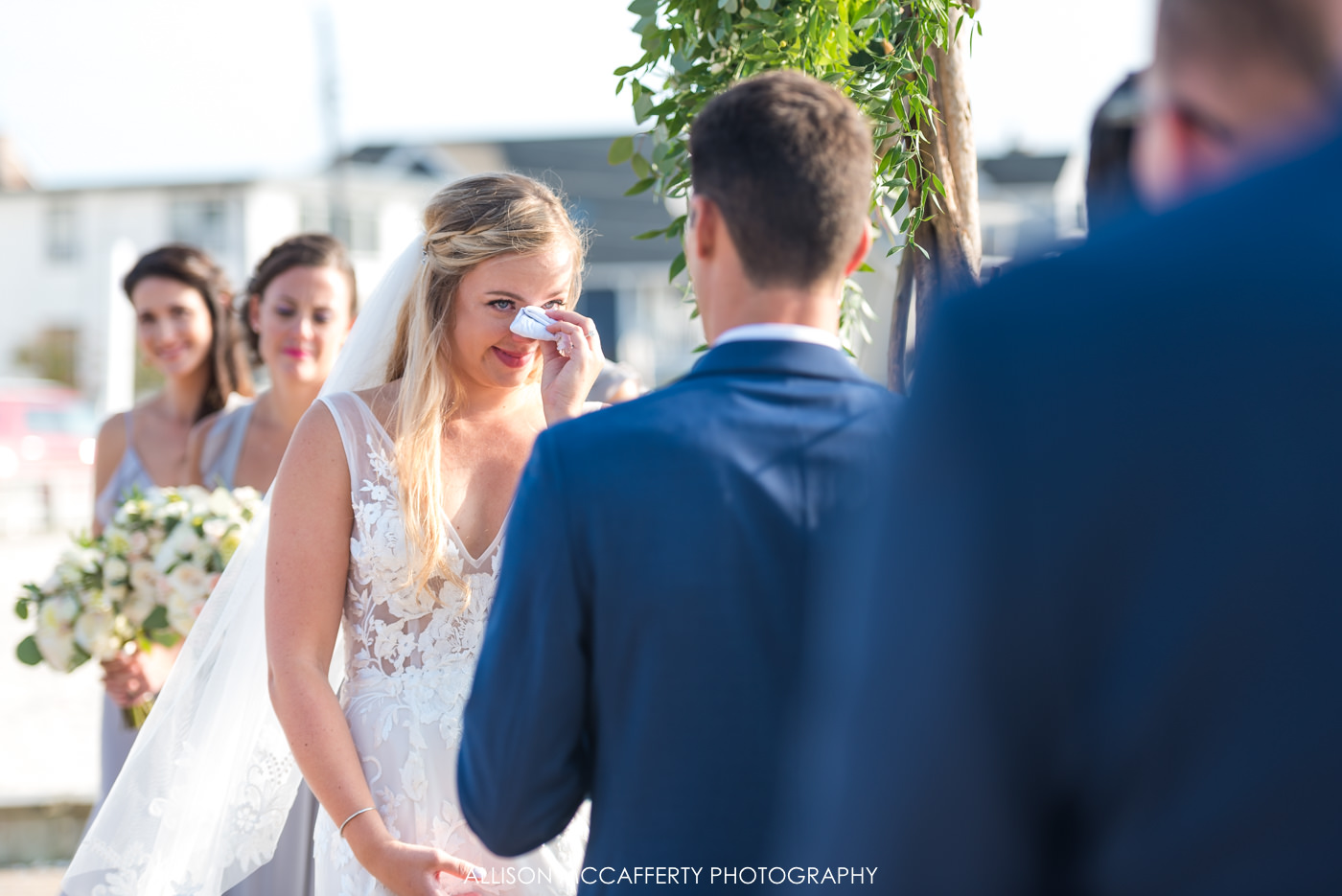 Outdoor wedding ceremony at Brant Beach Yacht Club in LBI