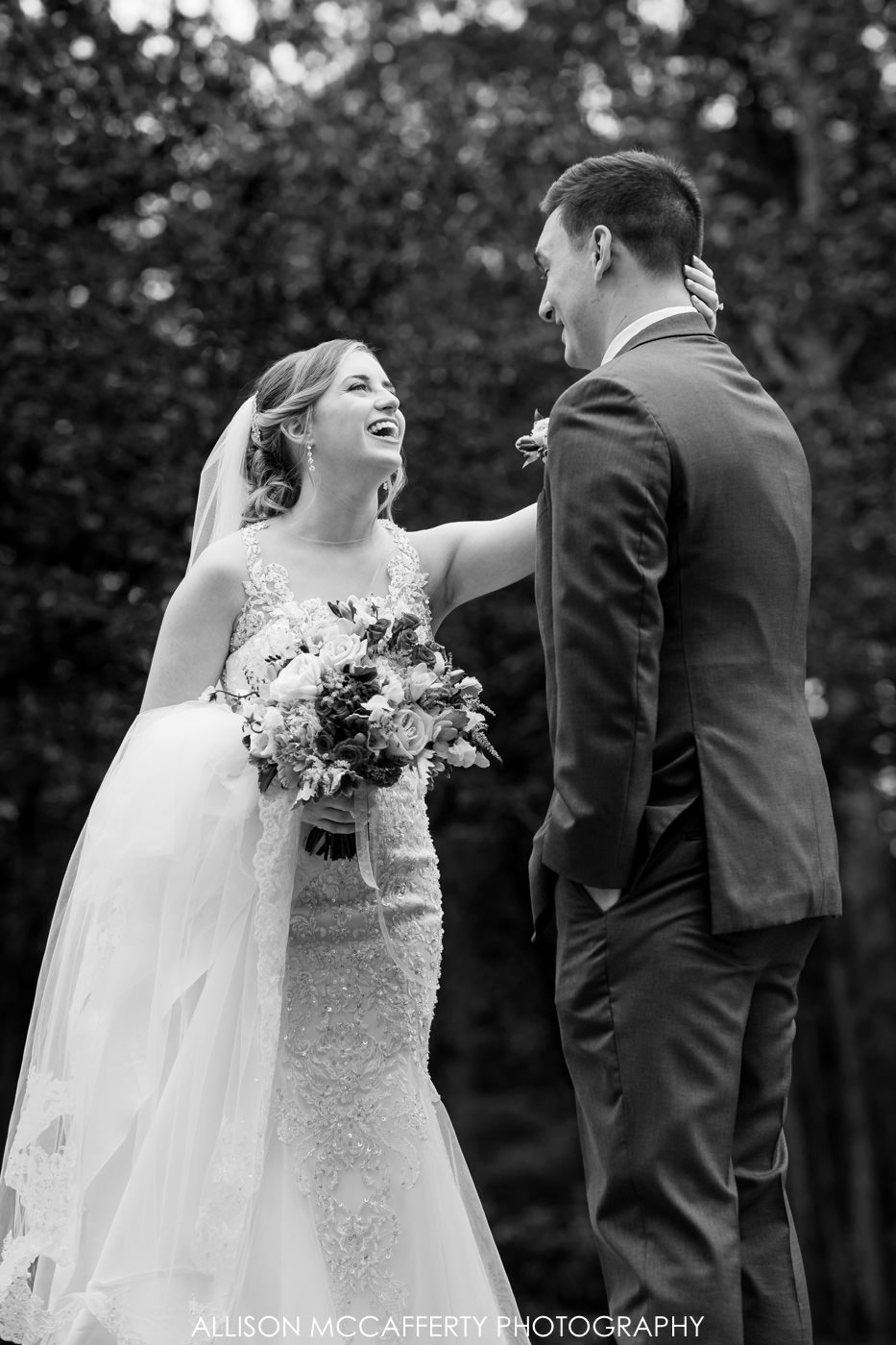The English Manor Ocean Twp Wedding Picture